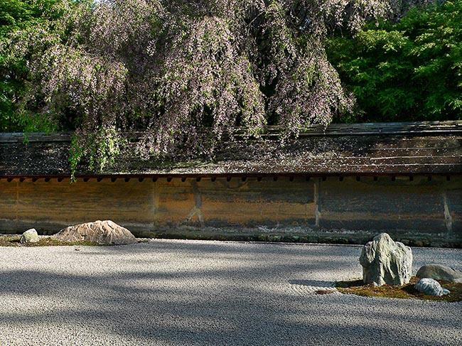 [© Heaven and earth, Ryoanji by Amory B. Lovins is described with Fine Art, Stock, International, Wall, Beige, Black, Brown, golden, Gray, Green, Neutrals, Pink, Warm, White, Shrine, Flowers, Rock, Stone, Tree, Horizontal, Kyoto, Japan, 2005, Spring, Summer, City, Color hit 4071 rate ]
