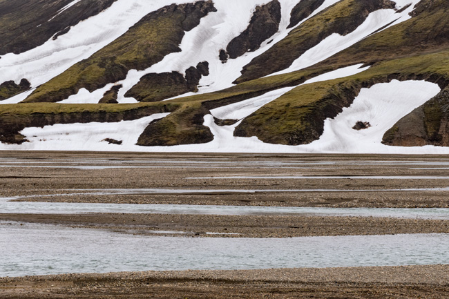[© Landmannaluger  Stream by Judy Hill Lovins is described with Iceland, Color, Spring, Slideshow, Fine Art, Horizontal, Gray, Green, White, Black, Brown, Water hit 1985 rate ]